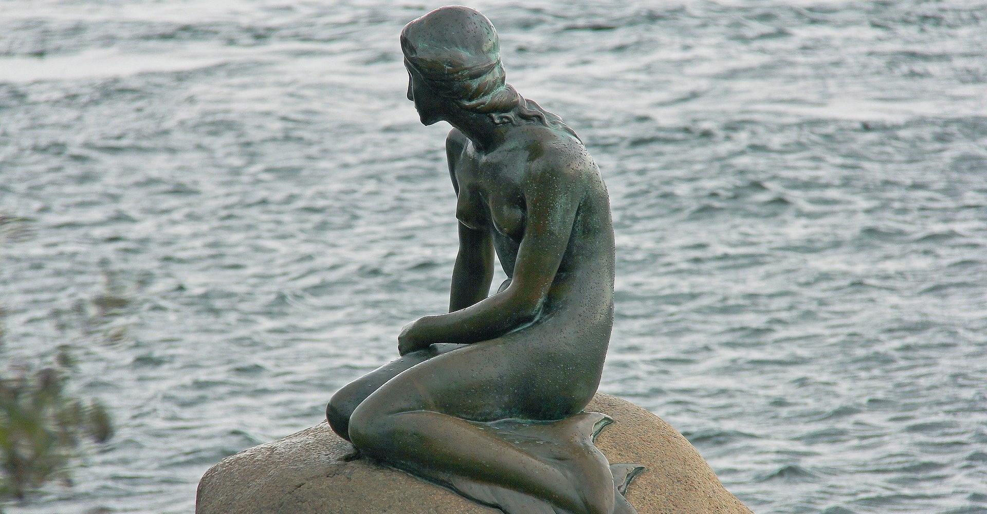 Edvard Eriksen: »Die kleine Meerjungfrau« im Kopenhagener Hafen