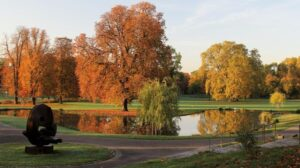 Lilith Eve: Herbst im Park